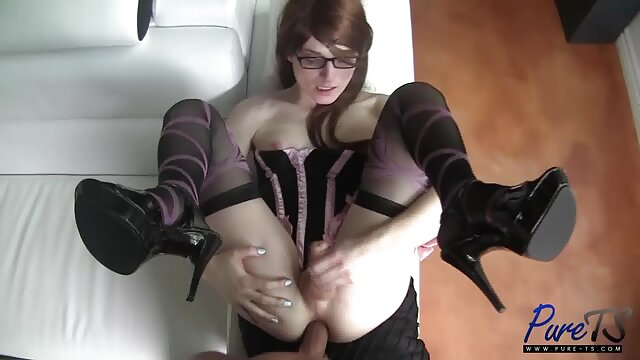 Porno tidak terdaftar  HA-October 30, 2013-Pink cu-Kylie masalah yang vidio sek jepang selingkuh
