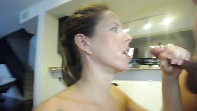 XXX tidak ada pendaftaran  Lilin bokeb japan selingkuh dituangkan ke dalam vagina
